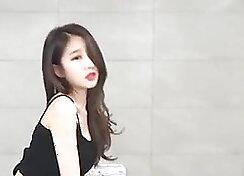 Arousing Korean Girl Dancing Makes A Woman Happy