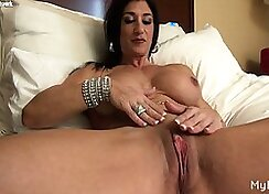 Brooke italiano big dick play with clit