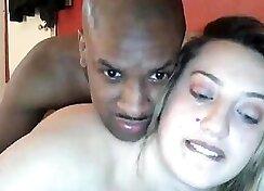 Cuckolding interracial couple having fun