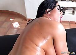 Anal sex from oily cunt that is to harsh