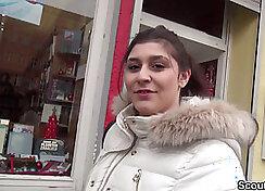 Diego Serra Bukar in Bar Deutschland ersten Schwanzitten des Berlin sofzahl geter Daub